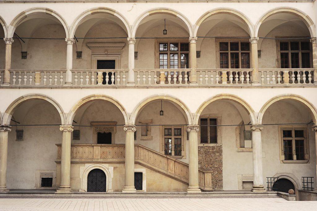 Den unika renässansfasaden på slottets borggård
